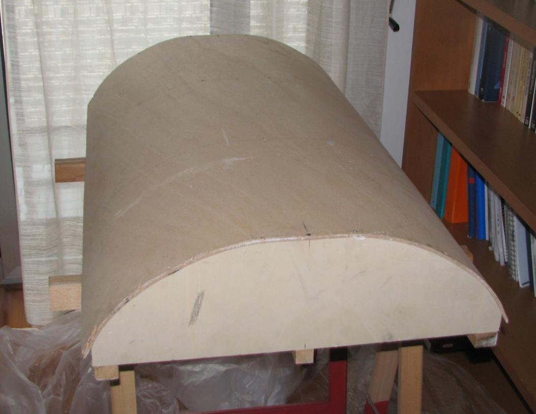 Come costruire uno scudo romano